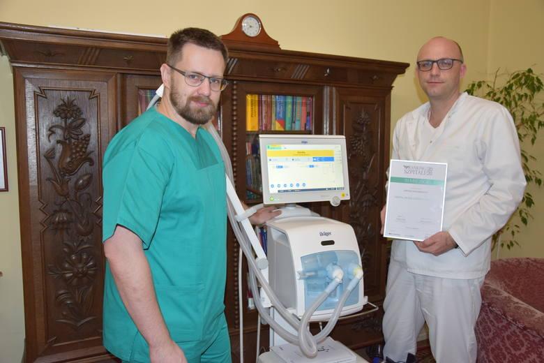 Lekarze z Białej - od lewej dr Wojciech Skowron i dr Sebastian Stankala. Zdjęcie: Krzysztof Strauchmann