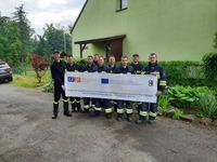 polscy strażacy przed kursem