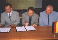 Na zdjęciu od lewej: Petr Šolc - Starosta Mĕsto Albrechtice, Karel Gančarčik - Vice Starosta, Klaus Berger - przedstawiciel Gminy Marienheide