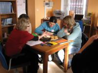 praca w zespole podczas warsztatów w Solcu