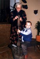 1955 - Biała - z wystawy herbów i pieczęci Anna Myszyńska z wnukiem Łukaszem